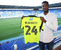 Tyler Blackett leaves Manchester United for Reading after penning three-year contract at Madjeski Stadium