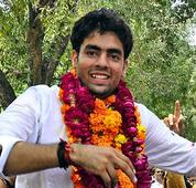 NSUI protests against DUSU president over FB photo