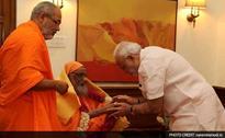 PM Narendra Modi's Spiritual Guru Dayanand Saraswati Gets Padma Bhushan