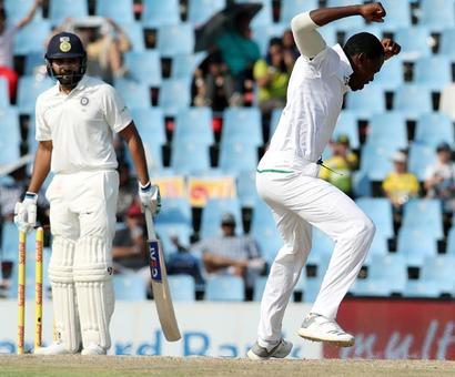 2nd Test: Captain Kohli keeps India afloat with a fighting 85