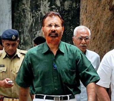 Former Gujarat cop Vanzara discharged in Sohrabuddin case