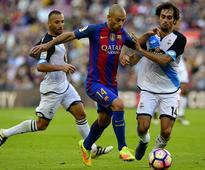 Mascherano signs new Barca deal till 2019