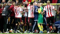17:16Norwich and Sunderland fined after incident at Carrow Road