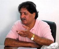 Sarfraz questions sanity of selectors