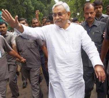 Nitish Kumar to face floor test tomorrow