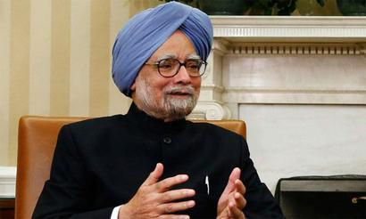 Journalists should defend constitutional values: Manmohan Singh