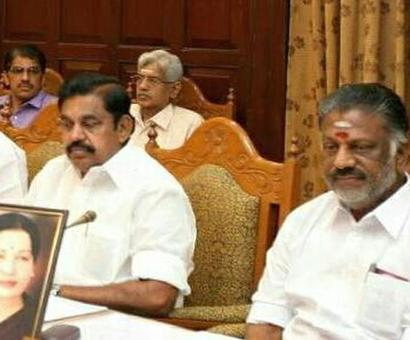 EPS bows to OPS: Orders probe into Jaya's death, Poes Garden to be a memorial
