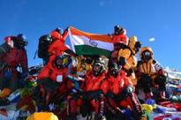 NCC cadets, Indian soldiers scale Mount Everest