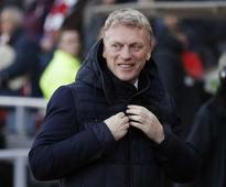 Moyes backs Sunderland strikers to sink Swansea