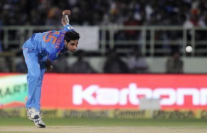 Bumrah, Bhuvi best 'death' bowlers around, says Aus skipper