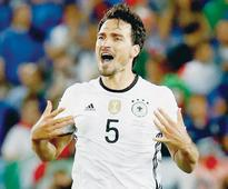 Ramsey and Hummels join Gascoigne and Blanc