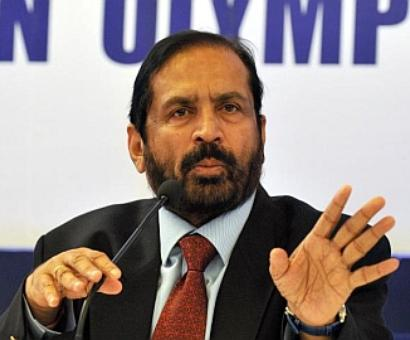 CWG scam-tainted Suresh Kalmadi made life president of IOA