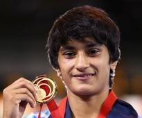 Road to Rio: Double delight for Vinesh; wins gold after ...