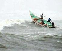 Sri Lankan navy rescues four Indian fishermen