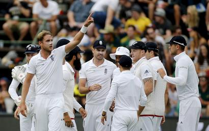 Brilliant Broad lifts England to series win in South Africa