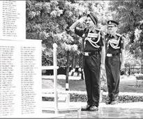 Lt Gen Surinder takes over as Western Command GOC-in-C