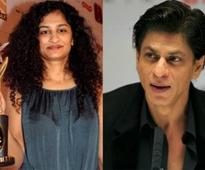 Shah Rukh Khan to play a therapist in Gauri Shinde's next?