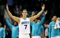 Hornets deal Spurs historic loss thanks to a touch of Linsanity