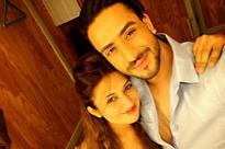 Ali Gony poses with Divyanka Tripathi without sindoor for the last time