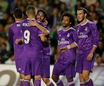 Messi on target as Barca beat Deportivo on high-scoring day