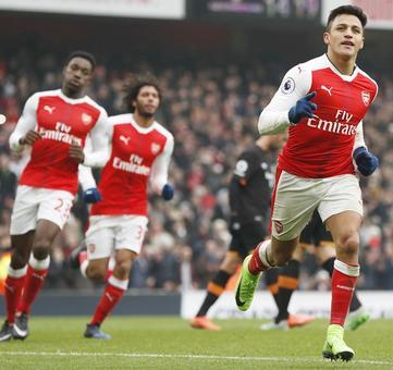 EPL: Sanchez double lifts Arsenal gloom, United make it sweet 16