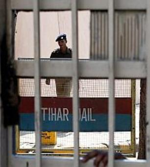 2 Dec 16 convicts shifted to another cell following threats