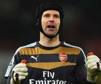 EPL Title Will Go Down Wire- Cech
