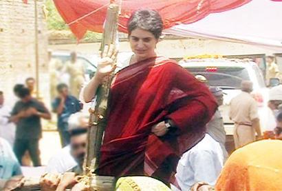 Congress-SP tug-of-war reaches Priyanka's doorstep
