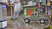 Darjeeling erupts again, Mamata says 'Let's talk'