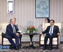 Li Keqiang Meets with Quebec Premier Philippe Couillard of C...