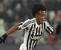 Juve sign Cuadrado on permanent deal