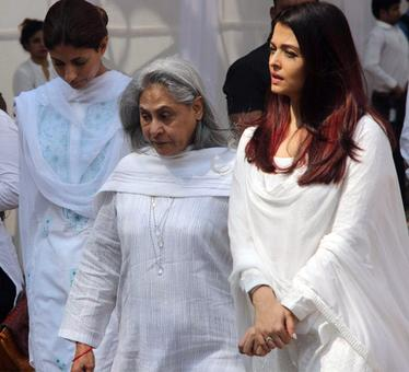 Aishwarya, Madhuri, Kajol pay their respects to Sridevi