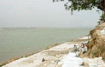 Waste from nullahs pours into Kshipra river
