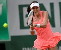 Radwanska into last 16 at French Open