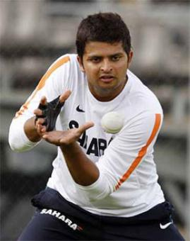 Raina replaces Dhawan for Delhi Test vs Australia