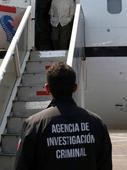 Mexican airport agents seize US$450 million in bonds from US