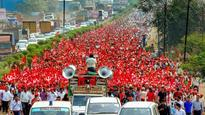 Kisan long march: As 35,000 farmers enter Mumbai, CPM says 'you can cut all flowers but you can't stop spring'