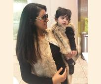 Geeta Basra and daughter Hinaya Heer are all for twinning in this photo