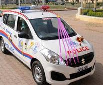 Delhi Police PCR van crushes vegetable vendor