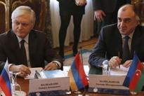 Armenian, Azerbaijani FMs meet in Hamburg