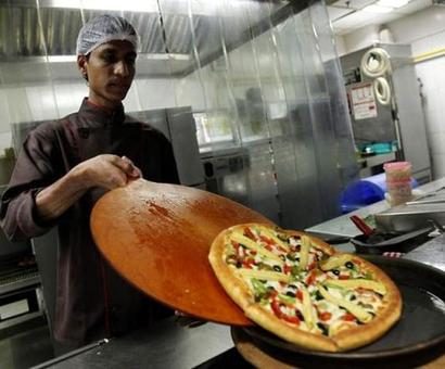 FSSAI now adds restaurant hygiene to its menu
