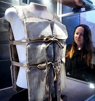 PHOTOS: Rare Titanic items go on display