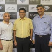 Divine Solitaires, H Dipak join hands for strategic partnership