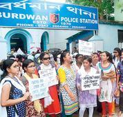 Bullies run amok, 700 varsity girls gherao Burdwan cops
