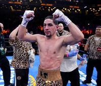 Unbeaten Garcia faces Guerrero for ex-Mayweather title