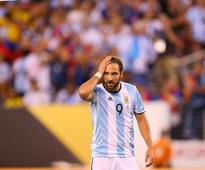 Gonzalo Higuain ditches Napoli for Juventus; Completes third most expensive transfer of all time