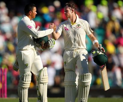 Ashes PHOTOS: Smith, Khawaja frustrate England in Sydney