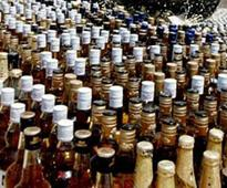 4 held for selling liquor illegally behind a gurdwara, SHO suspended
