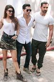 Fan misbehaves with Jacqueline Fernandez -- John, Varun come to rescue