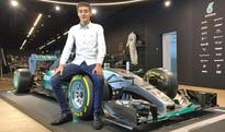 Mercedes sign British driver George Russell